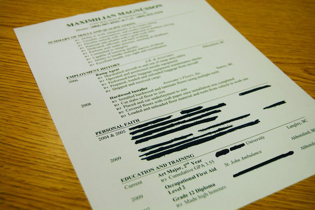 How To Craft A Resume That Would Stand Out And Get You Hired.  How To Craft A Resume